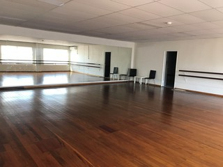 Brisbane workshop spaces Lieu Atypique Maximo Dance Studio image 0