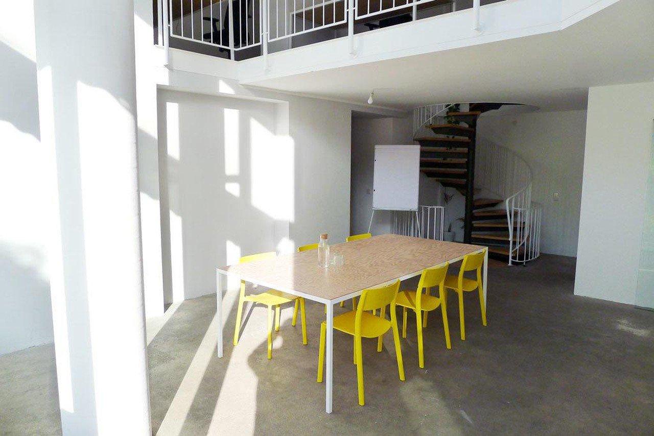 Berlin conference rooms Meetingraum Baeucker-Sanders Sunny Volta Studio image 6