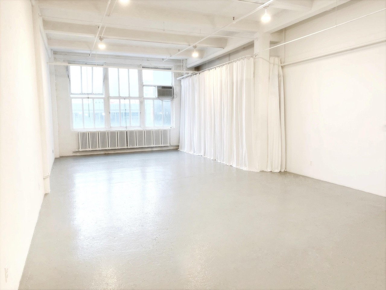 NYC workshop spaces Gallery West Chelsea Space image 5