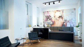 Berlin  Meetingraum Krawall & Klassik Meeting Spaces image 3