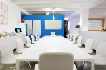 Frankfurt  Meeting room WORKLOFT image 5