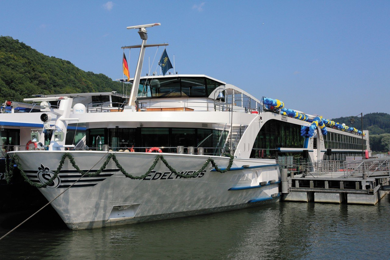 Frankfurt corporate event venues Boat Edelweiss image 0