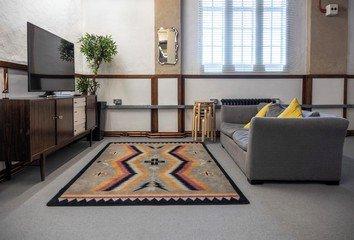 London   Augustine Hall - The Lounge image 3