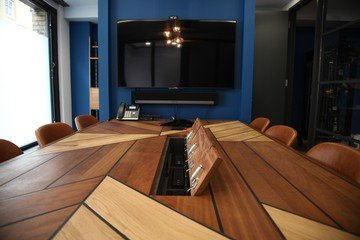 London corporate event venues Unusual 32 Parker Street - White Label Boardroom and Bar image 0