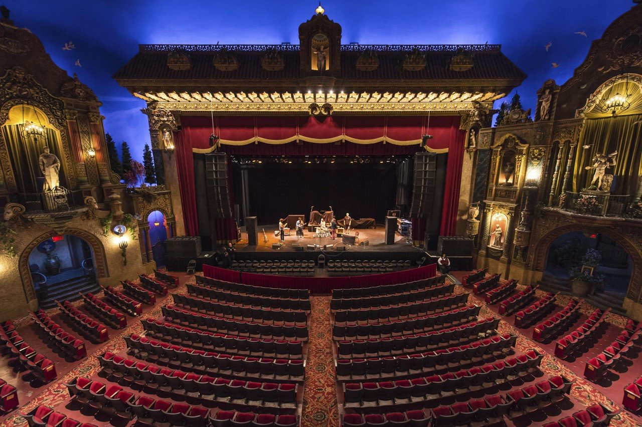 Rest of the World corporate event venues Historic venue Grand Rapids - 20 Monroe Live - Live Nation image 1
