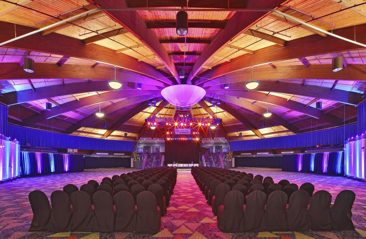 Rest of the World corporate event venues Historic venue Wallingford - Toyota Presents Oakdale Theatre - Live Nation image 0