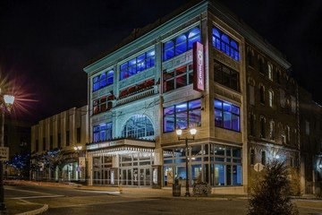 Rest of the World corporate event venues Historic venue Wilmington - The Queen - Live Nation image 3