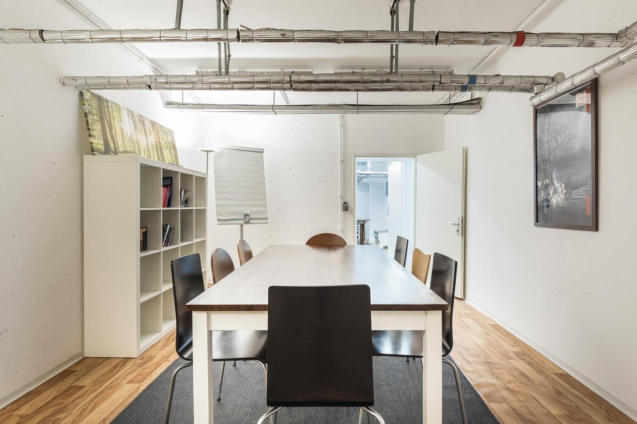 Berlin training rooms Coworking Space Meetingraum image 1