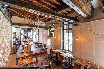 Autres villes corporate event venues Bar Café Oz image 2