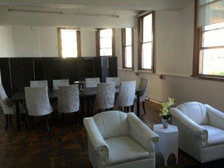 Le Cap workshop spaces Lieu Atypique Feels Like Home - Flexible Spaces  in Central Cape Town image 2