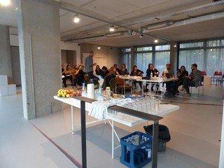 Berlin  Salle de réunion feldfünf – Projekträume im Metropolenhaus image 1
