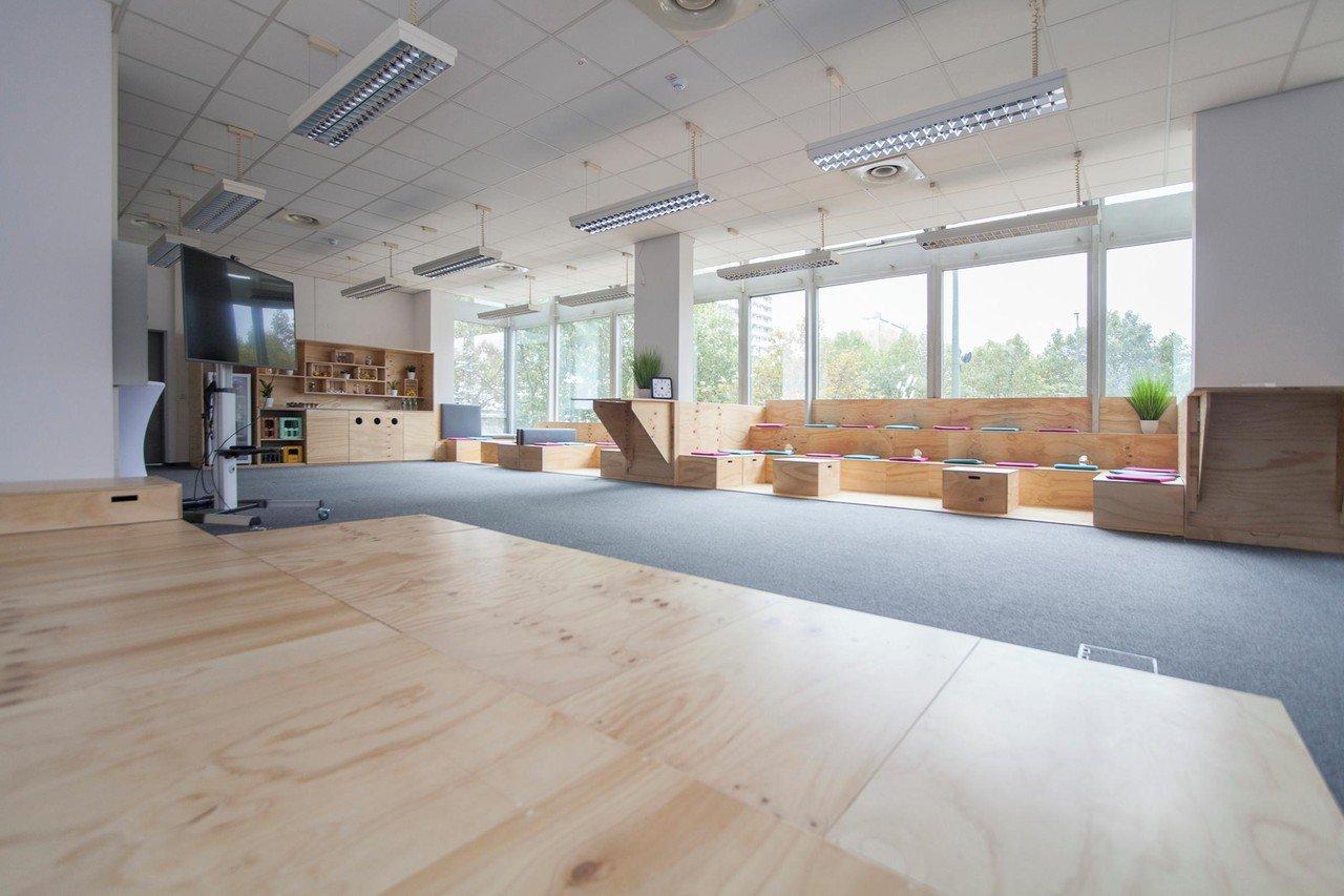 Berlin corporate event spaces Meetingraum Meetingspace image 0