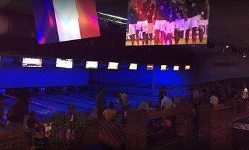 Autres villes corporate event venues Lieu Atypique Bowling du Bras d'Or image 0