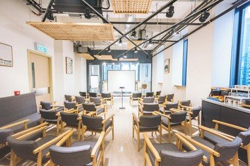 Hong Kong workshop spaces Salle de réunion Coread Cowokring Space and Meeting Room Hong Kong image 2