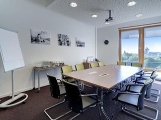 Berlin seminar rooms Lieu industriel Industrial Loft 2 Rooms in Startup Office Kreuzberg Berlin image 0