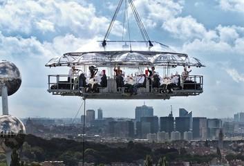 Düsseldorf corporate event venues Lieu Atypique Lounge in the sky image 2