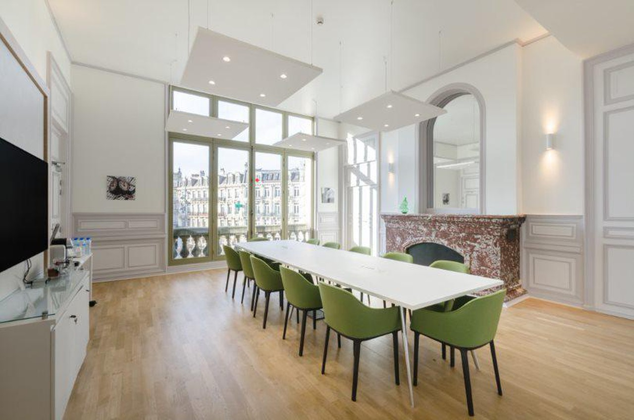 Rest of the World conference rooms Meeting room Regus LILLE, train station Lille Flandres Faidherbe space image 2