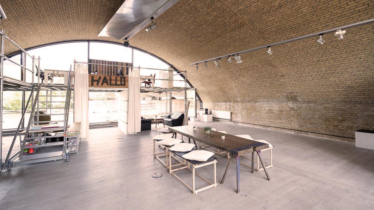 Berlin  Salle de réunion Der Bogen image 0