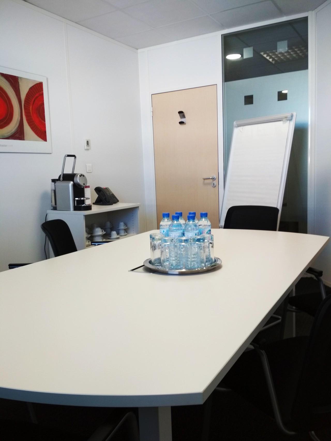 Autres villes workshop spaces Salle de réunion Regus, AIX-EN-PROVENCE, Regus Aix Parc du Golf, Roy Rene image 0