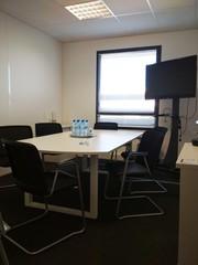 Autres villes workshop spaces Salle de réunion Regus, AIX-EN-PROVENCE, Regus Aix Parc du Golf, Roy Rene image 1