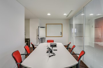 Paris workshop spaces Meeting room Paris la Défense, Tour Egée, 431B-432B Regus image 1