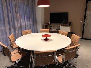 Paris workshop spaces Salle de réunion Regus, BORDEAUX, MÉRIGNAC AIRPORT, Linderbergh image 0