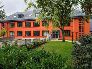 Paris workshop spaces Salle de réunion Stop and Work, FONTAINEBLEAU, Stop and Work Fontainebleau, Mont Aigu image 2