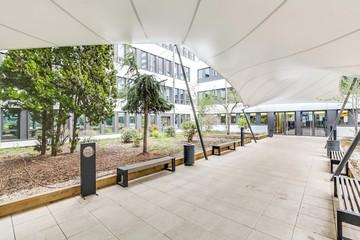 Autres villes conference rooms Salle de réunion Regus VILLEURBANNE, Le Patio Tony Garnier space image 2