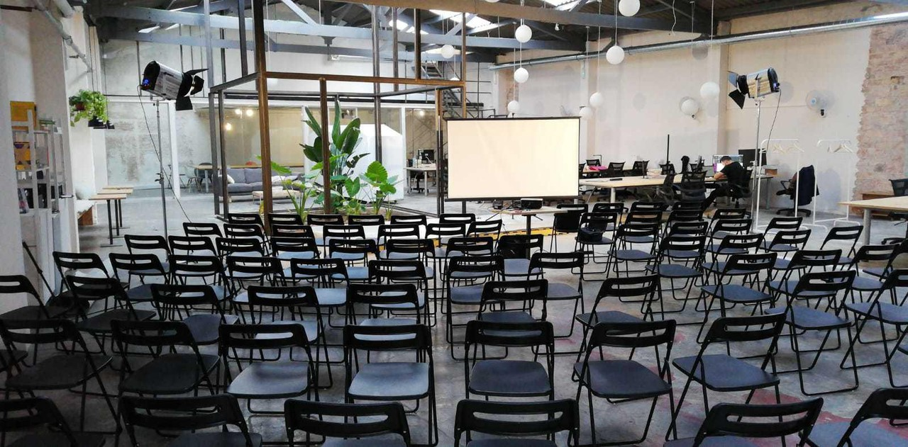 Barcelona corporate event venues Industrial space Cahoot Coworking image 7