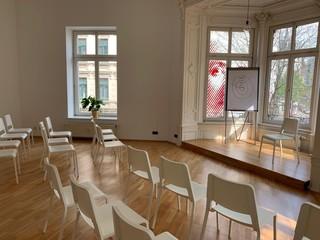 Leipzig  Salle de réunion Universah University of Success & Happiness image 1