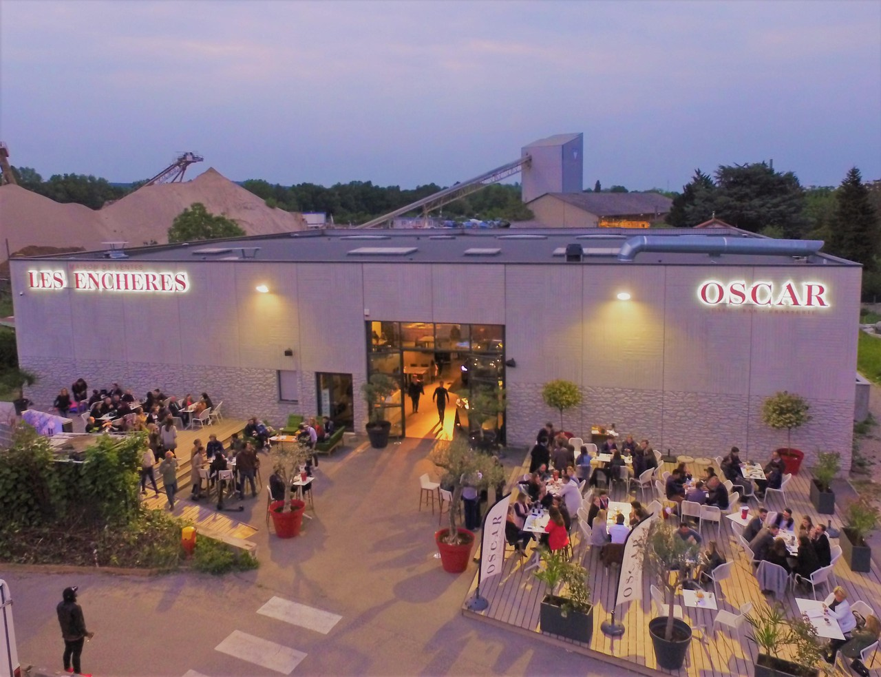 Lyon  Restaurant OSCAR image 0