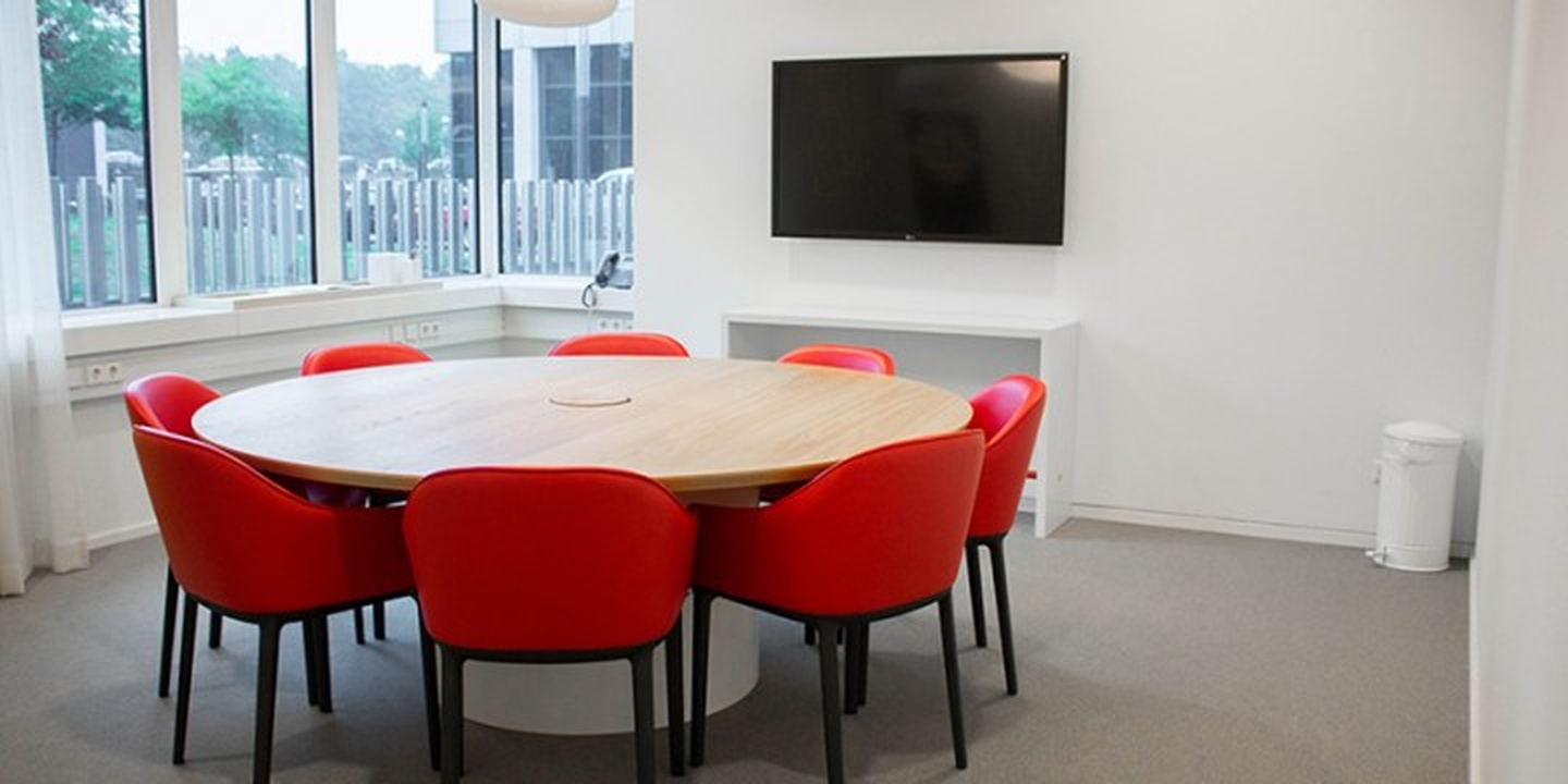 Amsterdam conference rooms Meeting room Spaces Zuidas - Room 12 image 1