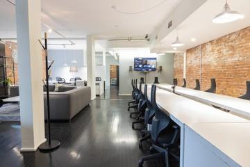 Toronto  Coworking Space Suite 4B: Penthouse Meeting Venue image 0