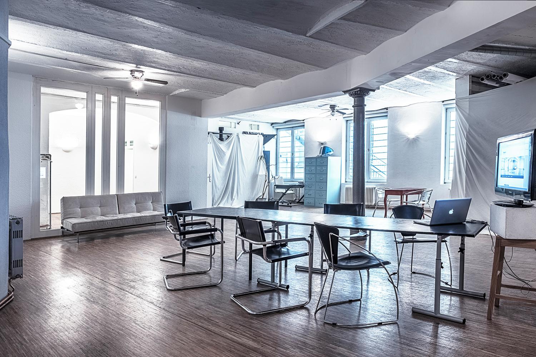 studio16 mieten in munich. Black Bedroom Furniture Sets. Home Design Ideas