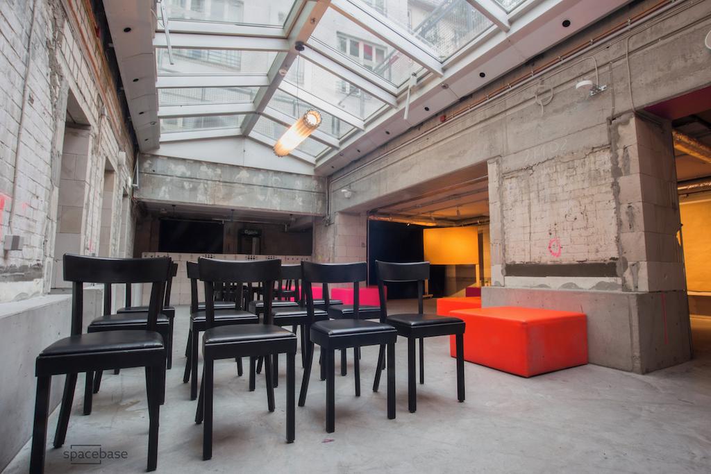 generator hostel mitte basement ca berlin spacebase. Black Bedroom Furniture Sets. Home Design Ideas