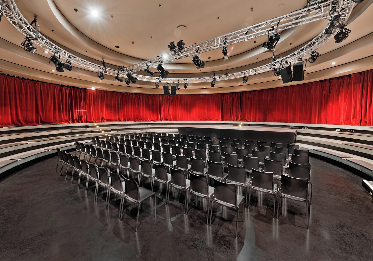 Tempodrom - Kleine Arena mieten in Berlin