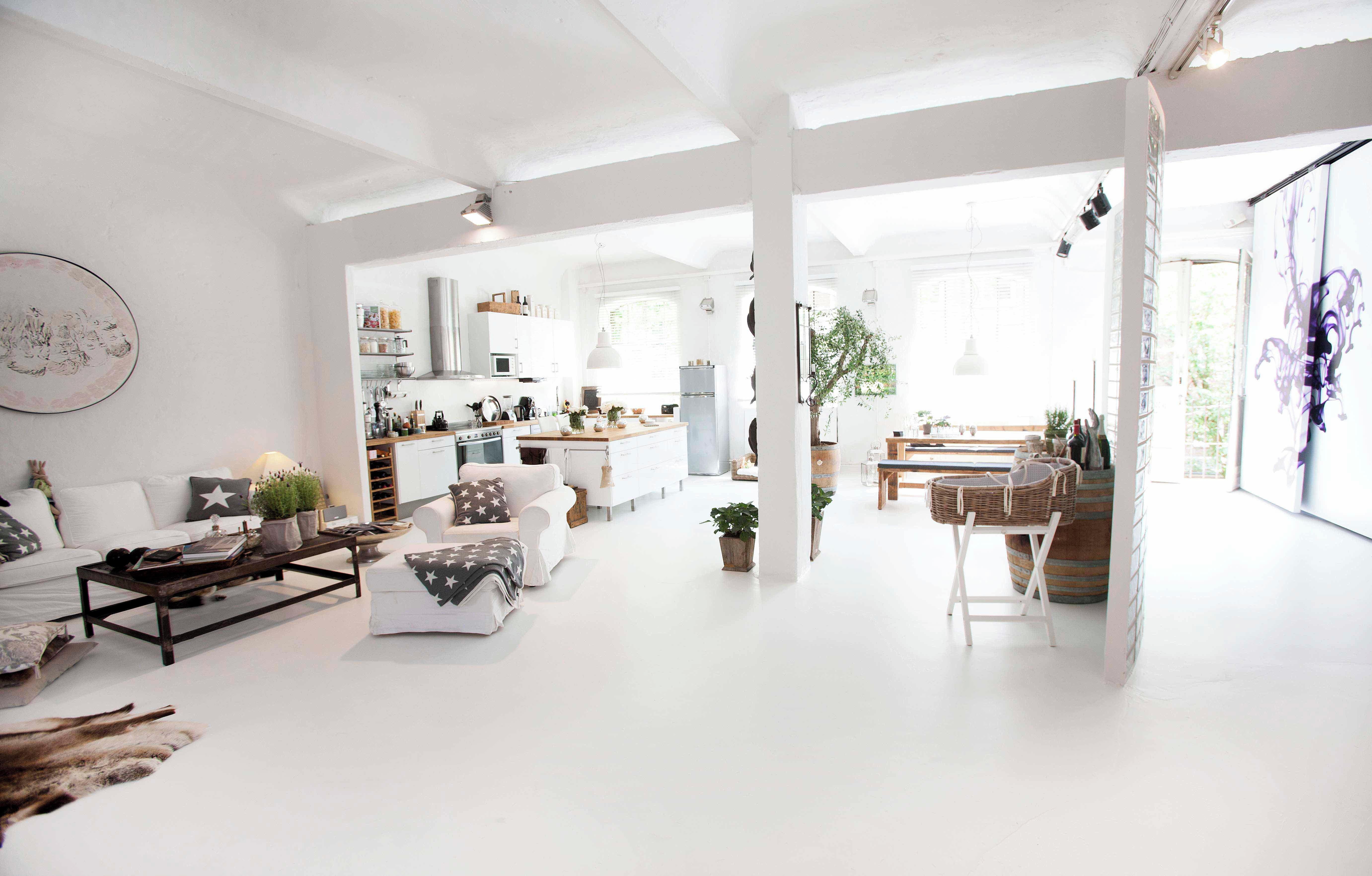 rent loft studio lassen hamburg spacebase. Black Bedroom Furniture Sets. Home Design Ideas